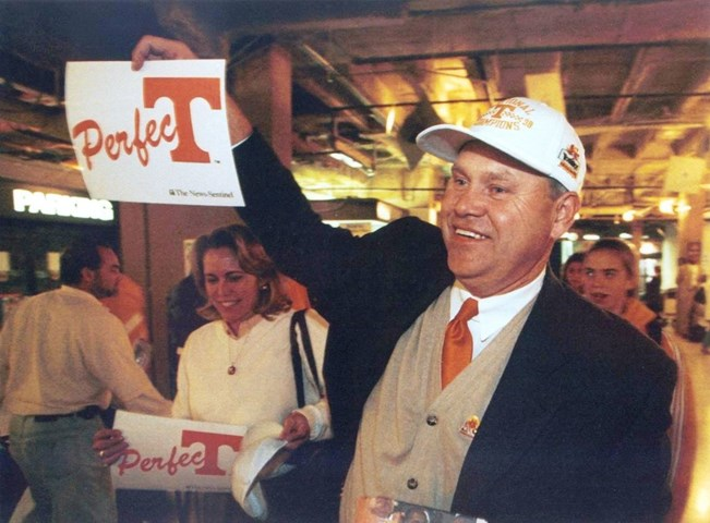 Fulmer_with_perfect_sign_after_98_season.jpg?preset=large