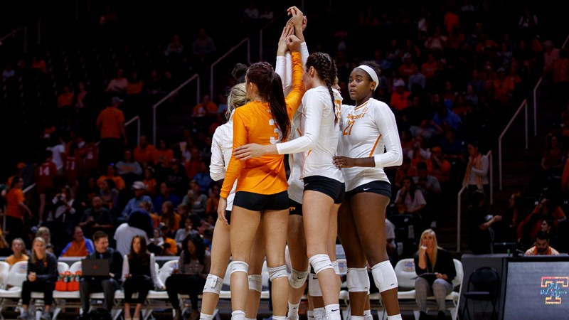 Volleyball Central Vs No 16 Kentucky University Of Tennessee Athletics