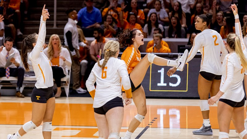 Match Central No 6 Illinois University Of Tennessee Athletics
